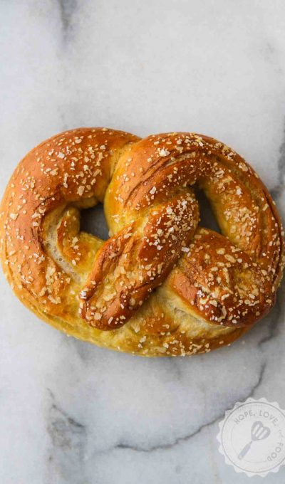 Easy Soft Pretzels